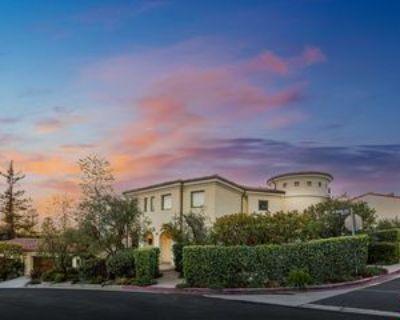 15900 Alcima Ave, Los Angeles, CA 90272 5 Bedroom Apartment