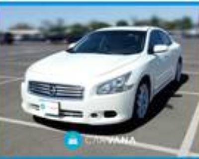 2014 Nissan Maxima White, 47K miles