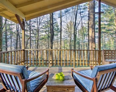 Charming Hendersonville Cottage w/Porches & Views! - Penrose