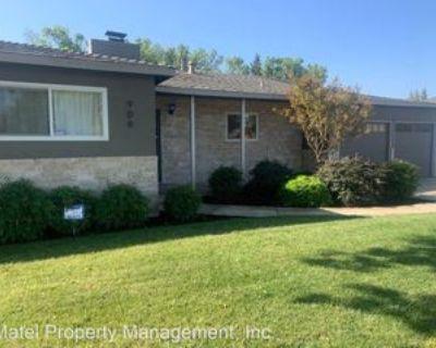 906 W Roseburg Ave, Modesto, CA 95350 3 Bedroom House