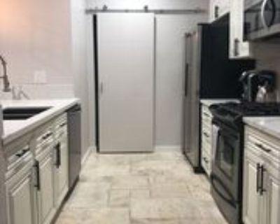 156 S Oak Knoll Ave #101, Pasadena, CA 91101 2 Bedroom Condo