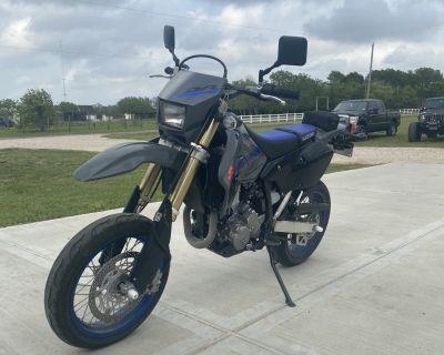 2020 Suzuki DR-Z 400SM