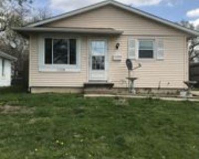 1228 N Patton St #1, Springfield, IL 62702 3 Bedroom Apartment