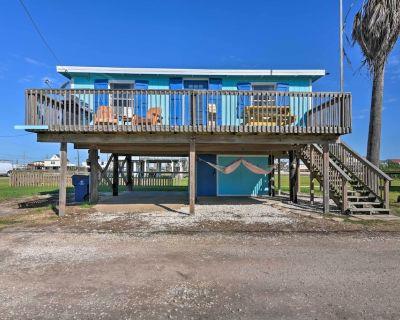 NEW! Colorful Boho-Chic Bungalow Half Mi to Beach! - Surfside Beach