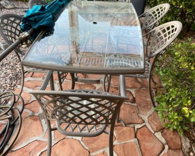 Patio table with six chairs - free