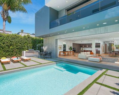 MEGA MANSION BEVERLY HILLS MOVIE ROOM GUEST HOUSE ROOF TOP HIGH CEILINGS NATURAL LIGHT, WEST HOLLYWOOD, CA
