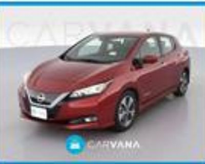 2018 Nissan Leaf Red, 13K miles