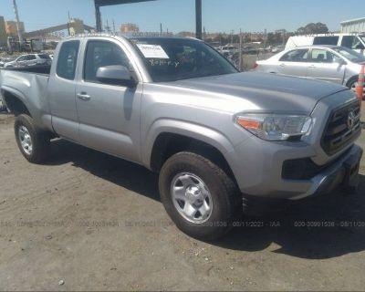 Salvage Silver 2016 Toyota Tacoma