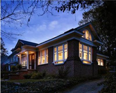 Gorgeous City of Decatur 3/2 home on MARTA,