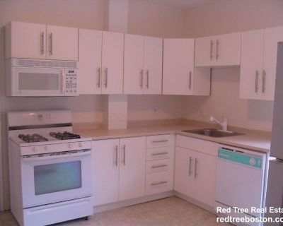 3 Bedroom 1 Bath Updated Apartment In A 3 Famil...