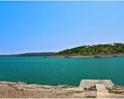 Find Peace at Lake Travis at The Lakehouse or Pool house!