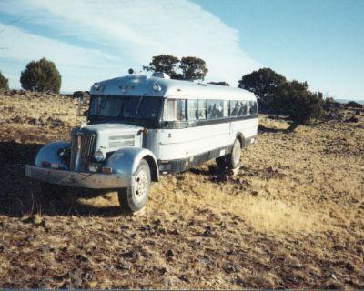 "1948 White Motorhome ""Super White"" Bus Conversion"