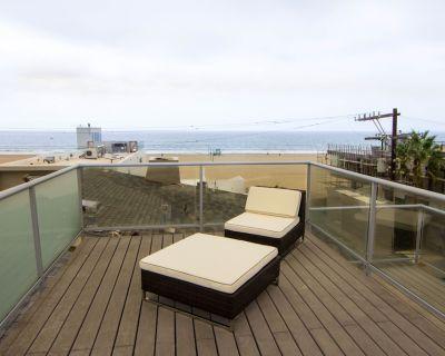 Amazing Beach Location, beautiful condo with spectacular views! - Marina Peninsula