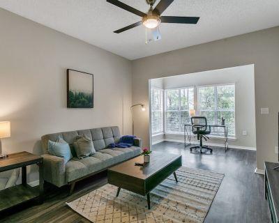 Modern 1BR Flat in the Heart of North Atlanta - Dunwoody