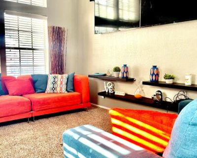 Sports Bar Style Game Room Loft With 5 TV's across from 6Flags & AT&T Stadium, Arlington, TX