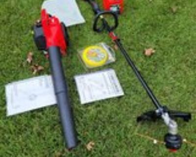 Craftsmans Trimmer 25cc and Blower 25cc Combo