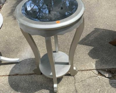 Side silver table mirror top