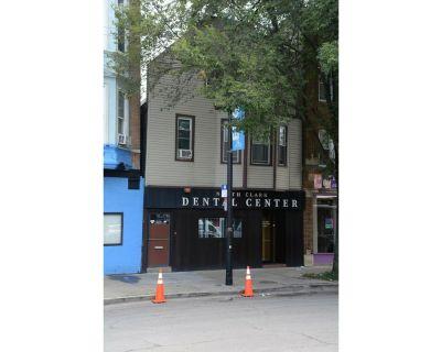 6339 North Clark Street , Chicago, IL 60660