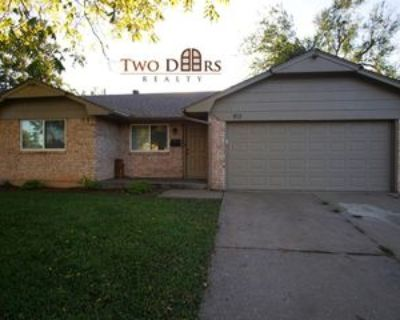 813 Royal Ave #1, Midwest City, OK 73130 3 Bedroom Apartment