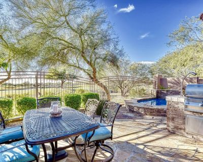 Luxury living with private backyard backing to golf course - Talon Retreat