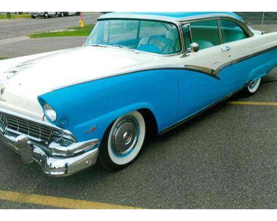 1956 Ford Fairlane 500 XL