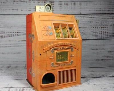 Yellow Dog Estate Sales Online Auction 186 - TRAINS< VINTAGE COLLECTIBLES & HOLIDAY DECOR