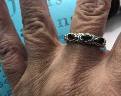 3 stone amethyst ring