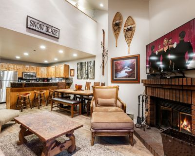 SANITIZED-Steps from Park City Mountain Resort! Charming and Rustic Condo w/ HOT - Downtown Park City