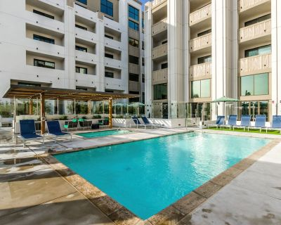 One Lux Stay @the Mansfield Studio Suites - Mid-Wilshire