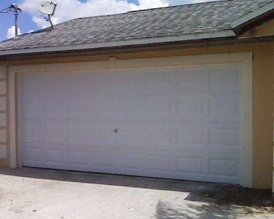 Best Garage door sales in Fort Myers, Florida