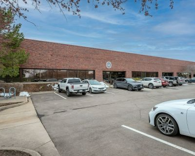 Executive/Startup space for lease