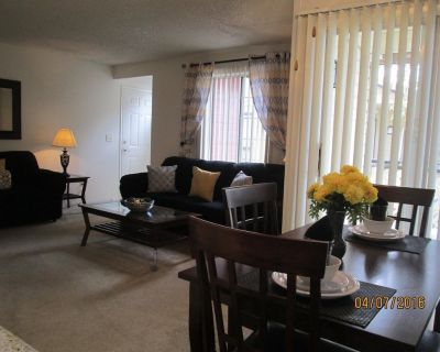 E227 Family Suite (2nd FL) Sleeps8 - North Country Meadows
