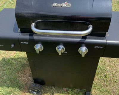 Charbroil 3 burner gas grill