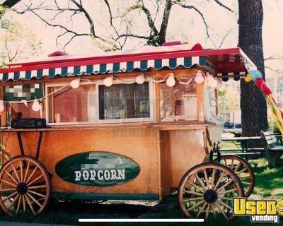 Antique 7.5' x 11' Amish Made Heirloom Vintage Wooden Turnkey Popcorn Wagon