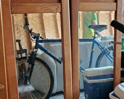 Set of two mirrors