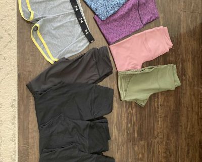Lot of size small leggings