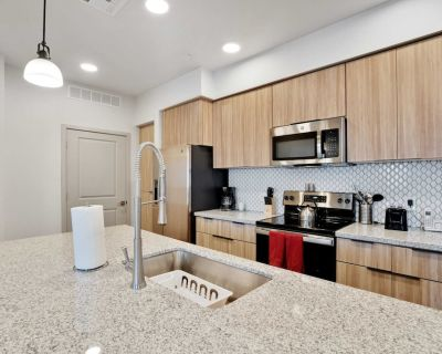 Stay Gia | New Modern 2 Br Apartment | Swimming Pool & Gym | Grayson Place - Palm Valley