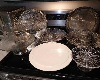 Cake stands/platters