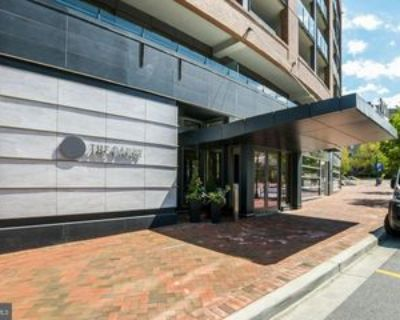 7171 Woodmont Ave, Bethesda, MD 20815 2 Bedroom Apartment