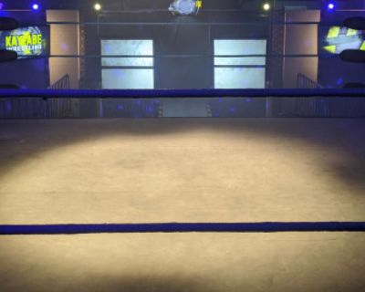 PRO WRESTLING or BOXING Show fight MMA WWE UFC RING GYM SPORTS, Burbank, CA