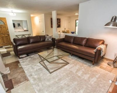 Your home in the heart of Denver Tech Center - Castlewood