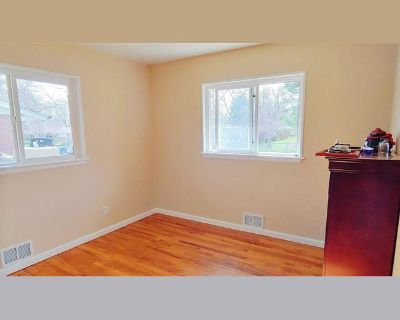 Room for rent in Beech Court, Applewood West - Productive, modern living enviroment - Golden CO