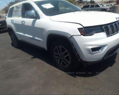 Salvage White 2019 Jeep Grand Cherokee