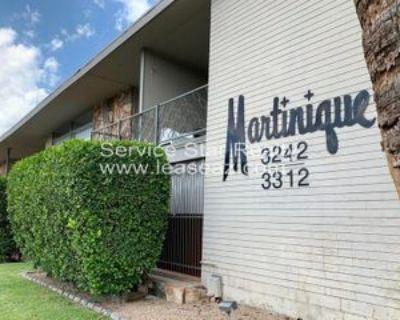 3242 E Camelback Rd #102, Phoenix, AZ 85018 1 Bedroom House