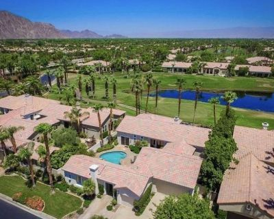 Tee time wanted? Located on PGA West Jack Nicklaus Tournament Course (12th hole) - La Quinta