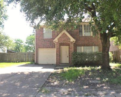 1211 Bayou Glen Drive, La Porte, TX 77571