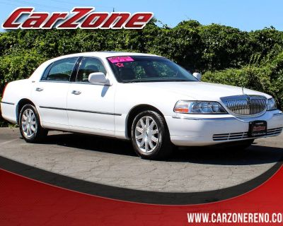 Used 2007 Lincoln Town Car 4dr Sdn Signature Limited