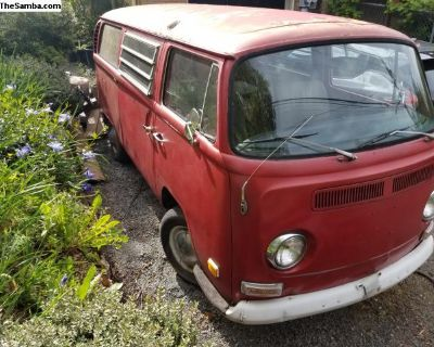 Big Red 1970 VW Westfalia Campmobile