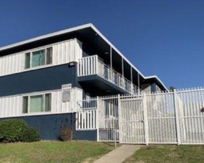 10226 Woodworth Ave #1, Inglewood, CA 90303 3 Bedroom Apartment