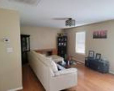 Roommate wanted to share 3 Bedroom 3 Bathroom House...